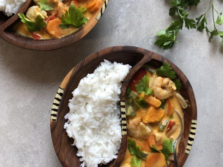 Warzywne curry z krewetkami